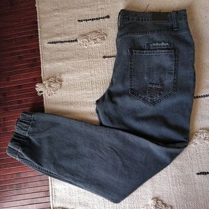 Urban Outfitters BDG Black Distressed Jeans 28